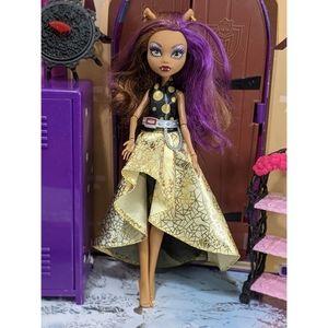 """Monster High Clawdeen Wolf Doll 11"""""""